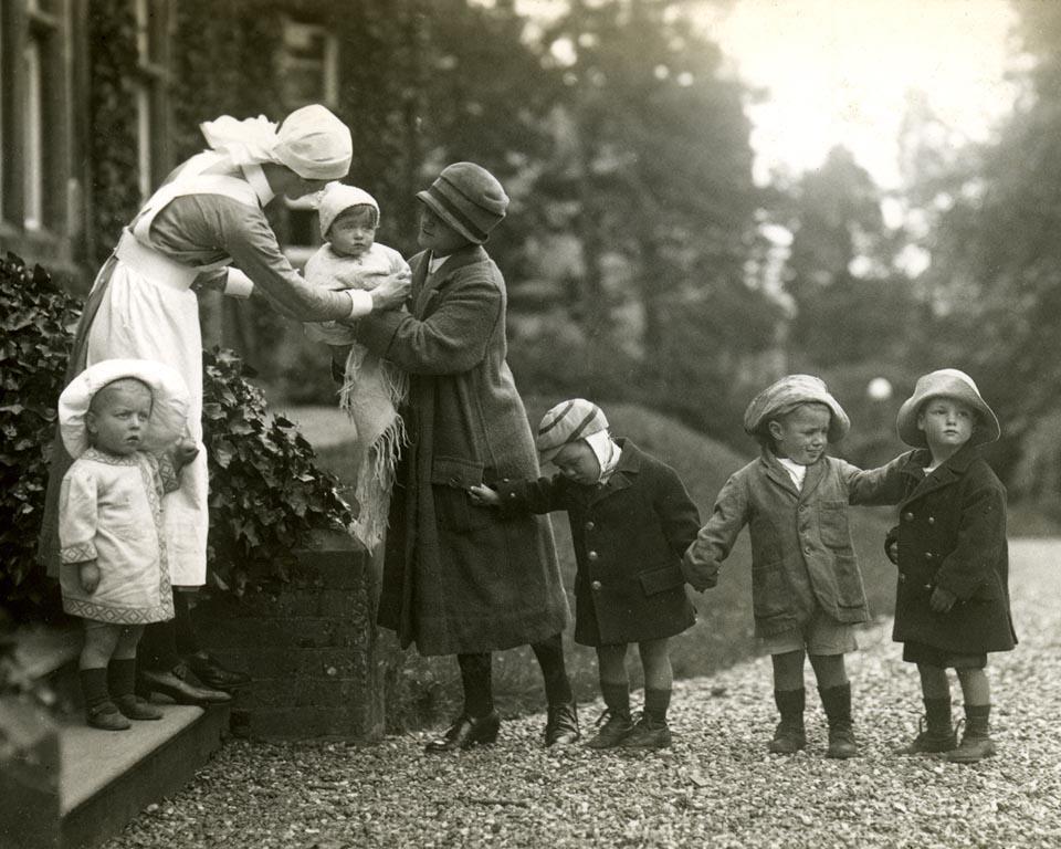 Children at a Barnardo's orphanage