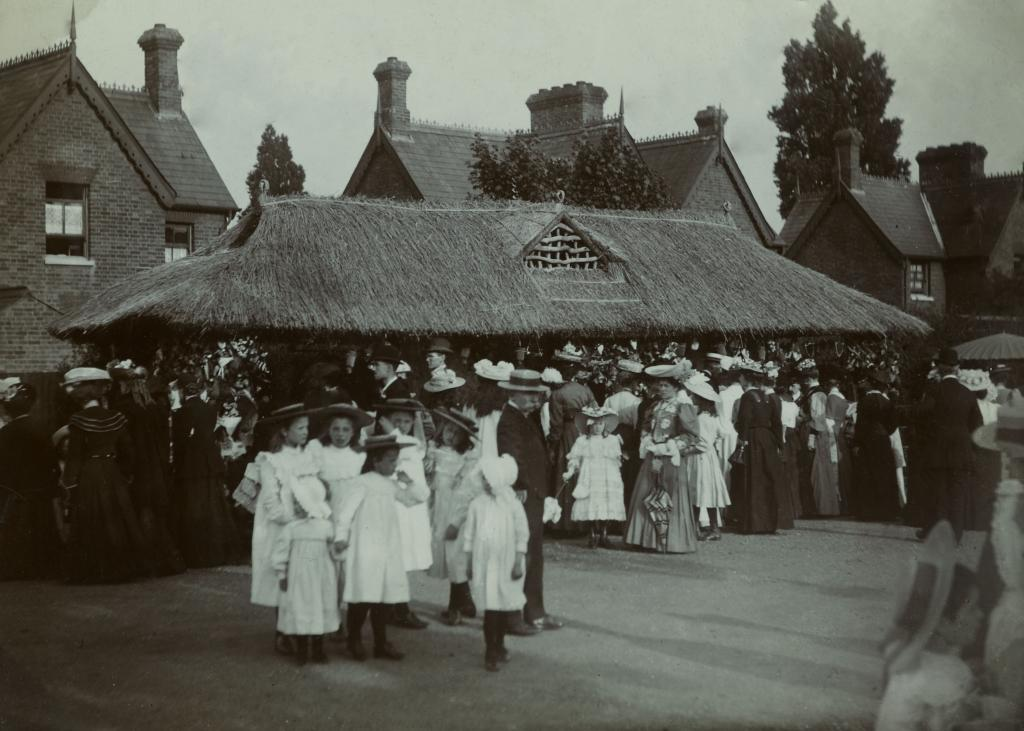 Group of young children and carers in the 1920s