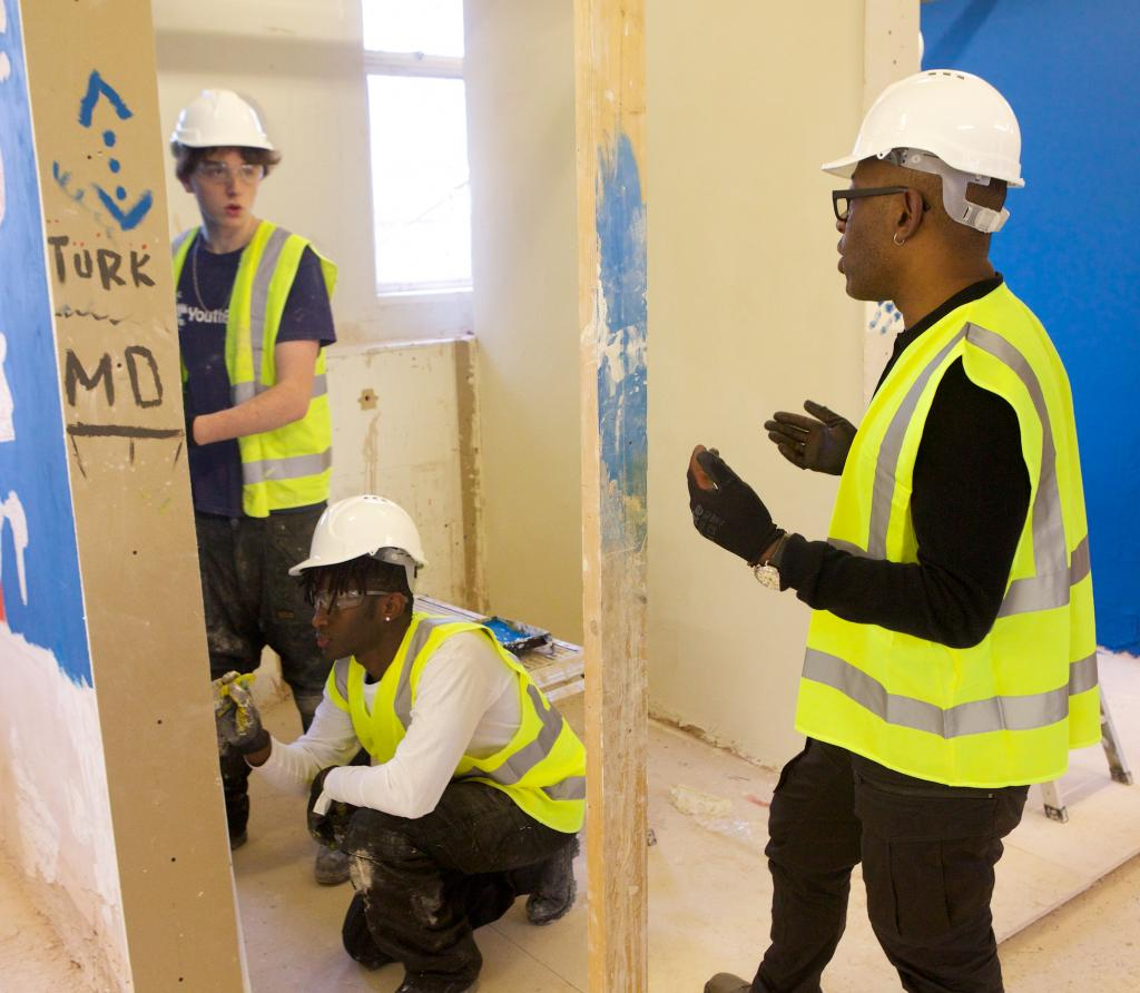 Lennie with some of the young people at the YouthBuild Academy