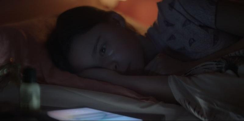 The advert shows the girl is feeling very anxious
